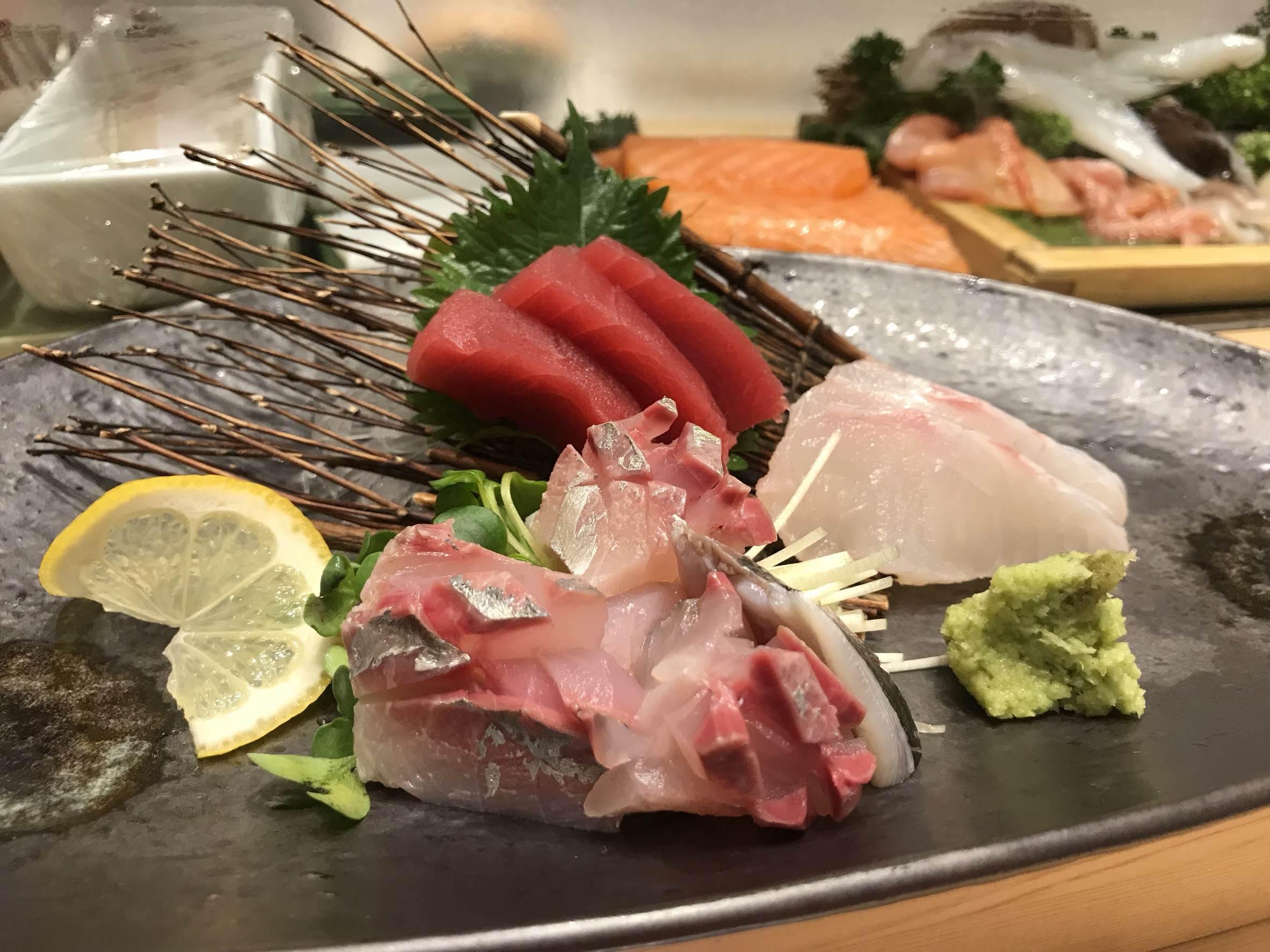 博多KITTE にて お寿司 ♪