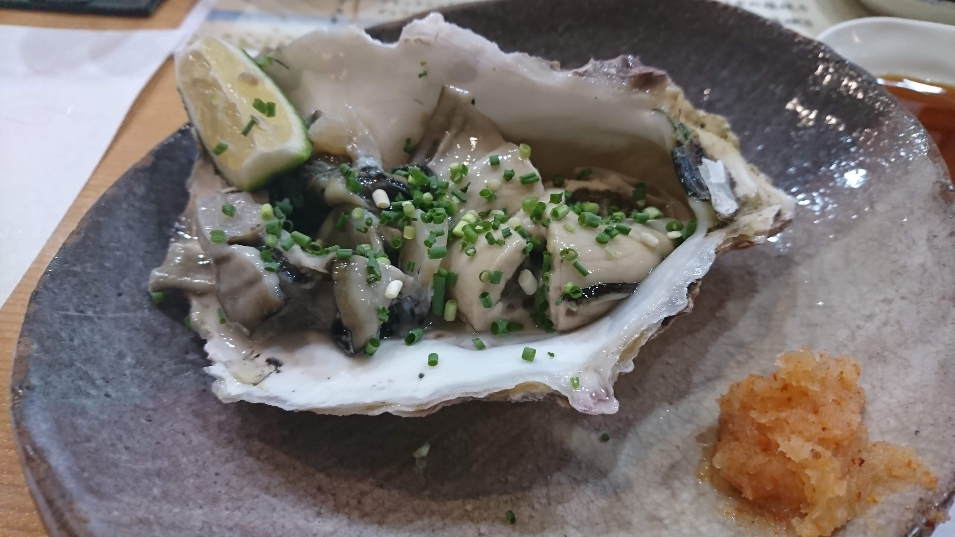 岩 牡蠣 が美味い季節です ♪